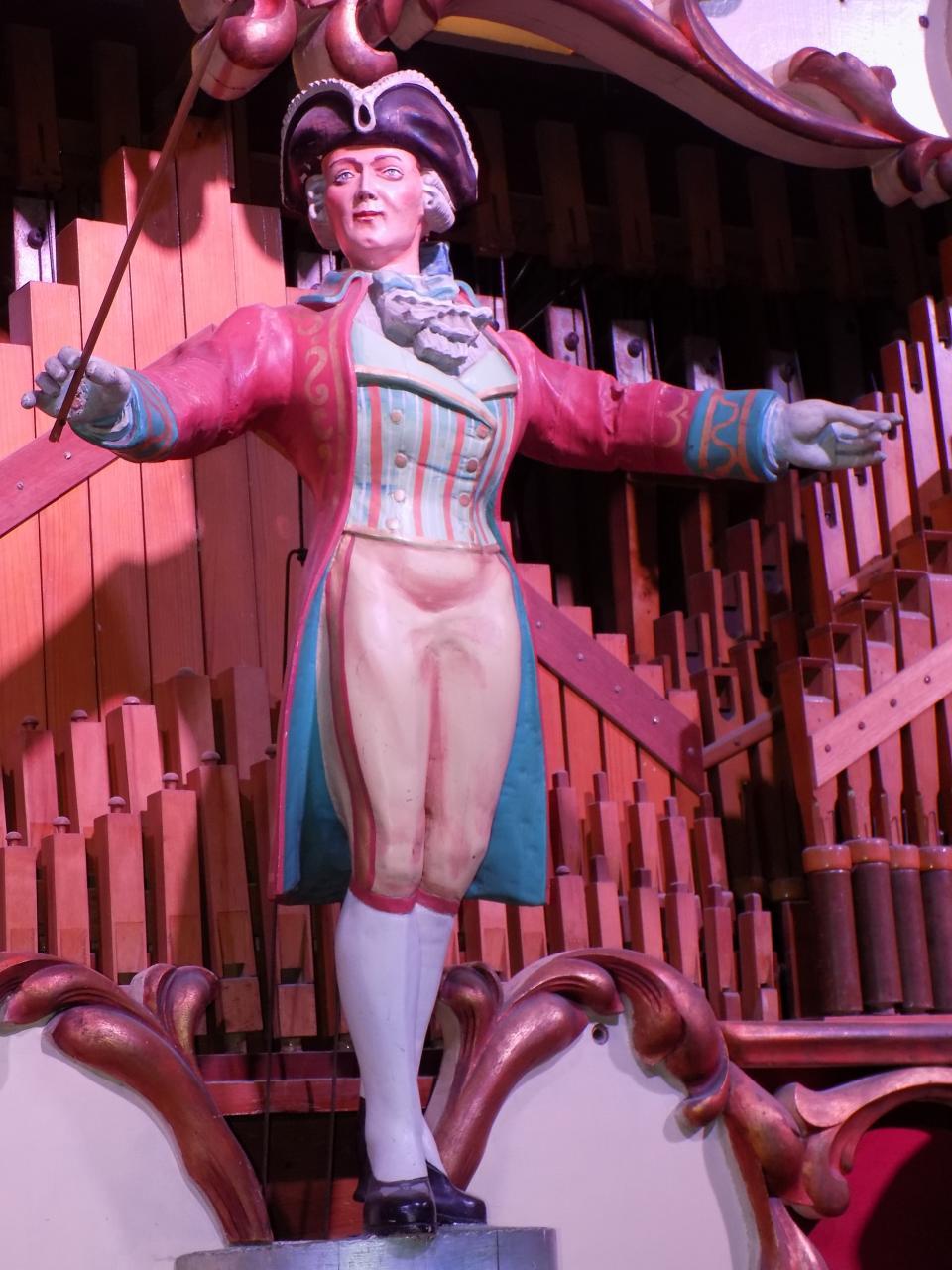 IMPORTANT NEWS regarding Bumpstead Antiques & Interiors